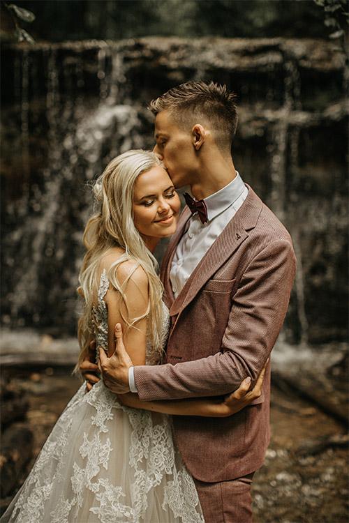 jauka kāzu fotogrāfija