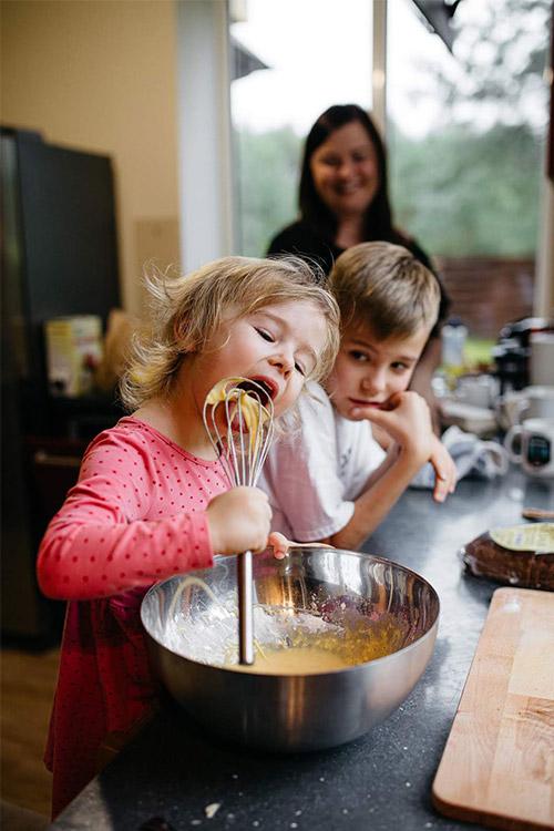 gatavojam ēst kopā ar bērniem