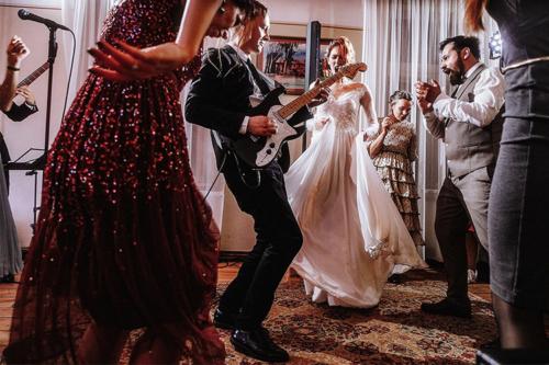 pēc kāzu ballīte