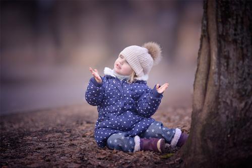 bērna foto rudenī