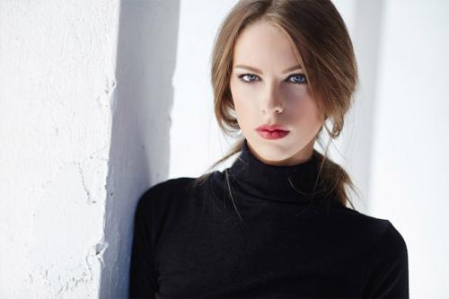 skaists sievietes portrets