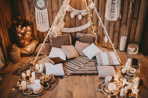 siltas un patīkamas dekorācijas
